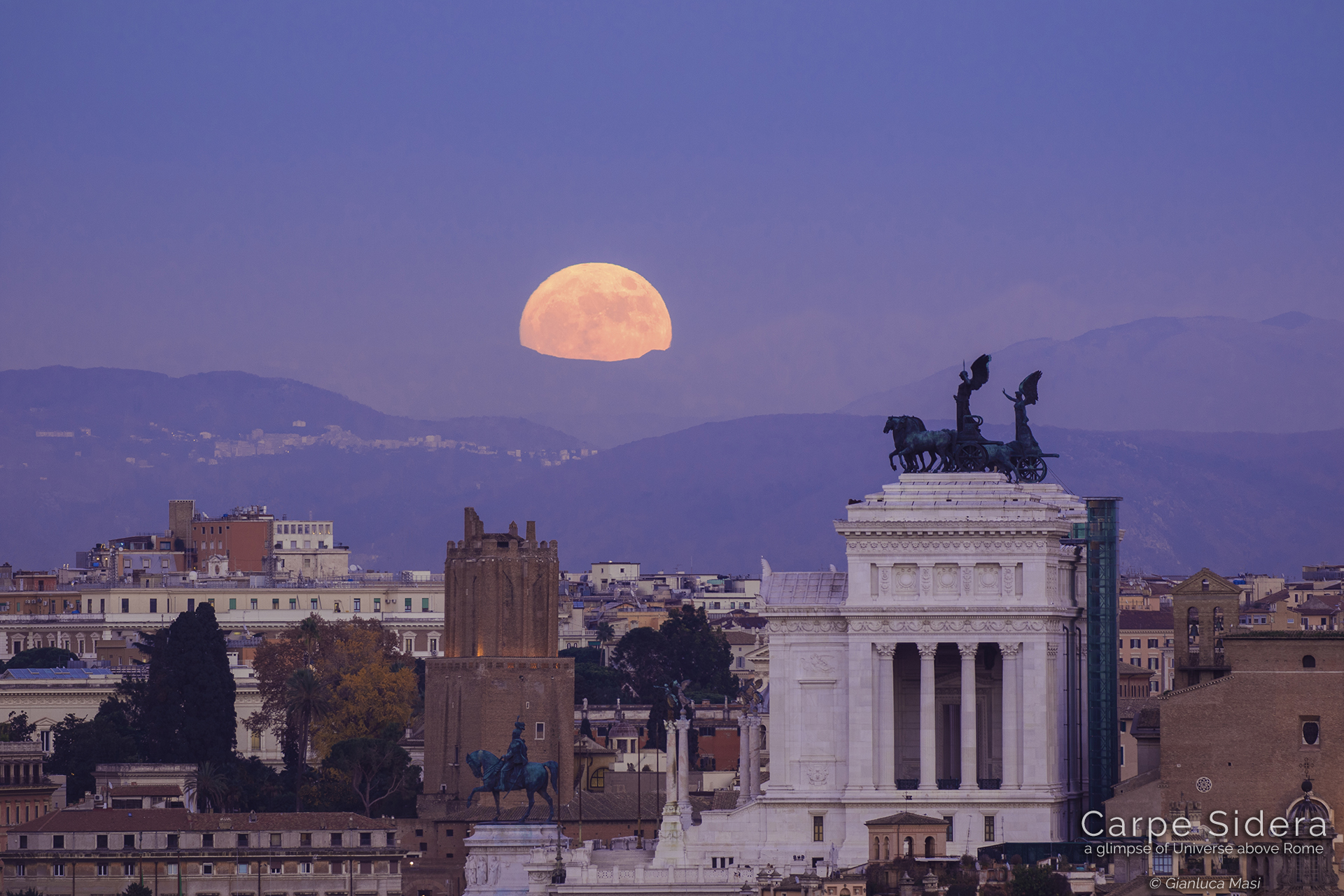 The Supermoon rises beside the Altar of the Fatherland – 13 Dec. 2016
