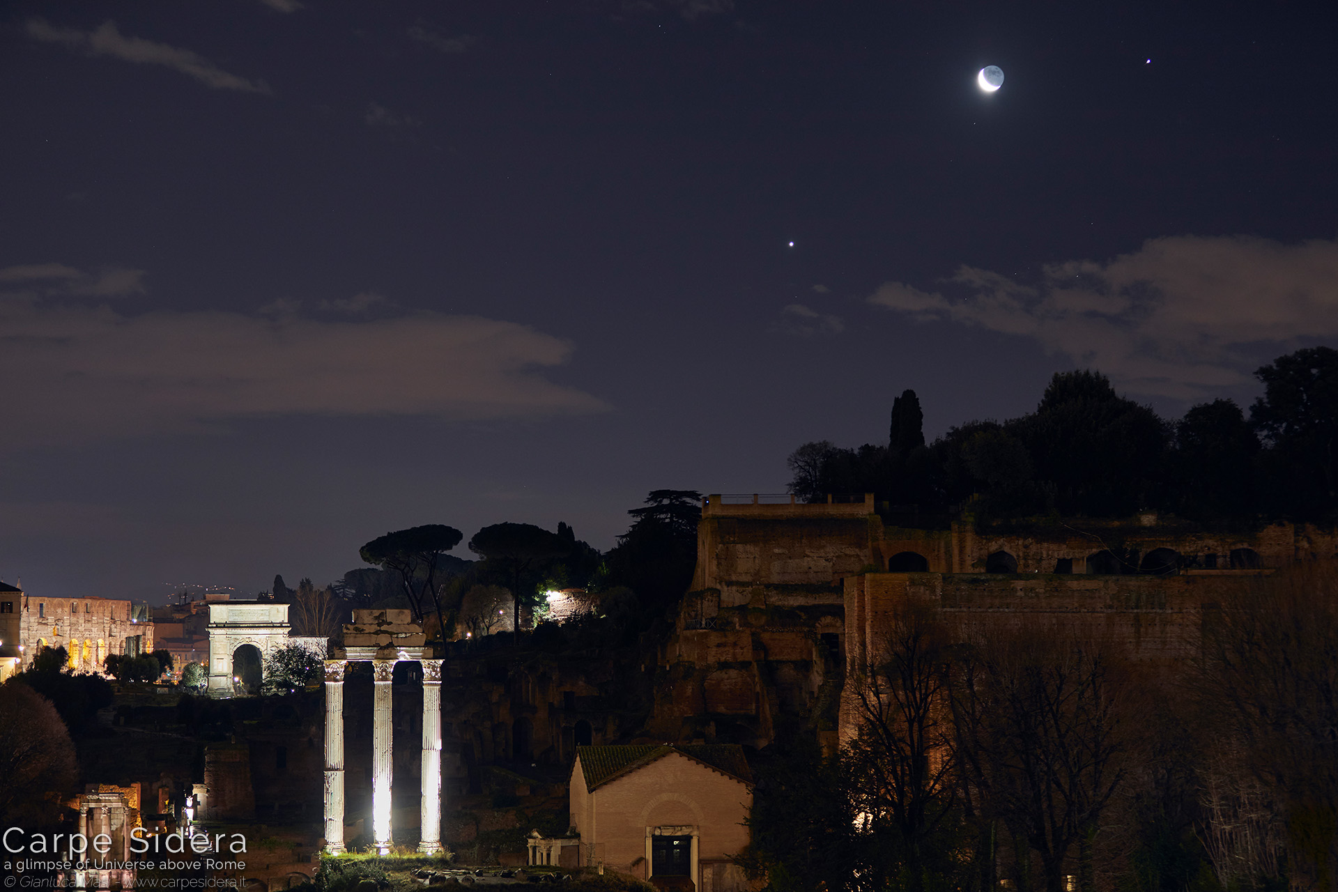 28. Venus, the Moon and Jupiter above the Palatinum.