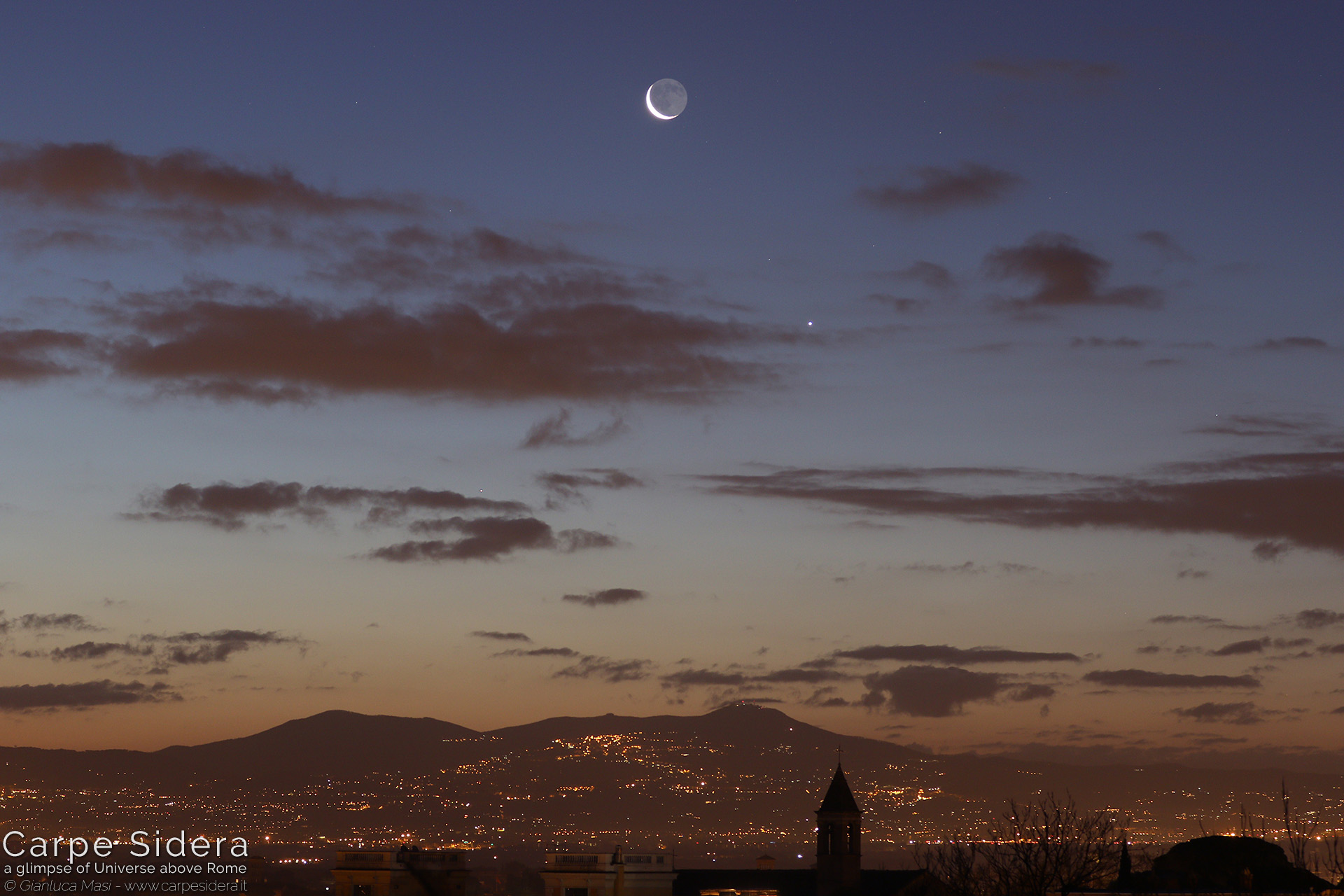 29. The Moon, Venus and Mercury at dawn, above the Roman Castles.